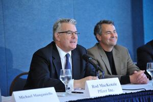 Pfizer's Rod MacKenzie, Group Senior Vice President, Head of PharmaTherapeutics R&D (l.), with AstraZeneca's Don Frail