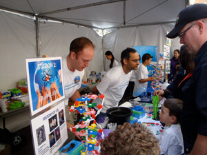 Pfizer Colleagues Volunteer at San Diego Science Festival