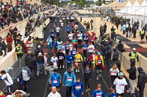 Marathon Effort Draws Attention to Smoking Cessation in Athens