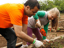 Pfizer Brazil Volunteers Day Sends Colleagues Into Communities